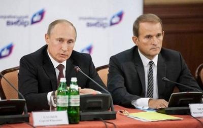 Порошенко признал Медведчука посредником в переговорах на Востоке