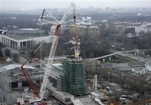 Лужков открыл обновленный монумент Рабочий и колхозница