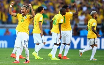Чемпионат мира: Бразилия с трудом прорывается в четвертьфинал