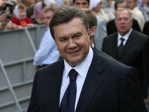 Опрос: Януковича поддерживают на 10% больше украинцев, чем Тимошенко