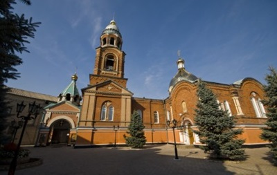 В Славянске обстреляли Александро-Невский собор – священник