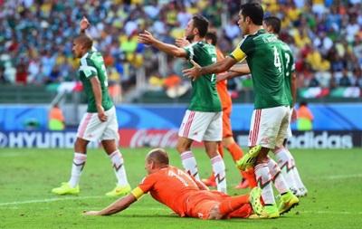 Роббен извинился за  нырок  в матче с Мексикой