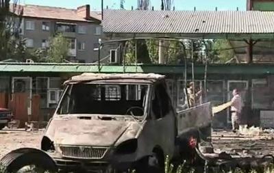 Славянск: последствия обстрела жилых кварталов - репортаж