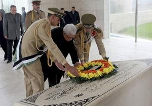 Мавзолей Ясира Арафата оцеплен в преддверии эксгумации
