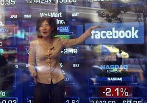 Акции Facebook продолжают дешеветь