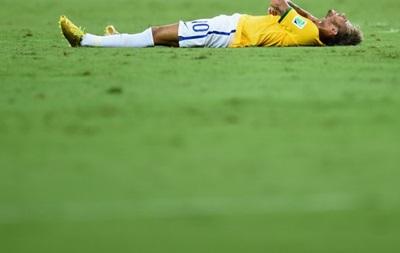 Врач сборной Бразилии: Какое-то время Неймару нельзя будет ходить