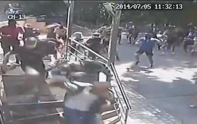 Опубликовано видео нападения на редакцию  Вестей