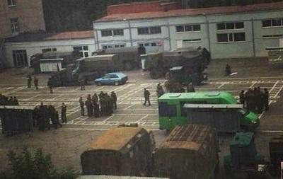 В Донецке вооруженные люди заняли университетские общежития - горсовет