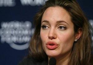 Анджелина Джоли призналась в любви к русскому языку