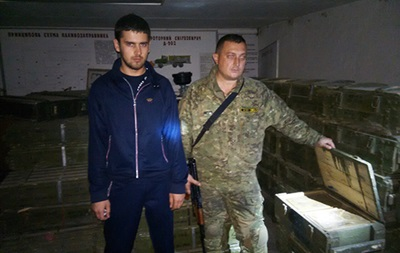 В Славянске обнаружен еще один склад боеприпасов
