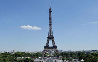 Франция: исламисты хотели взорвать Эйфелеву башню