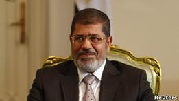 Президент Египта запретил оспаривать свои решения