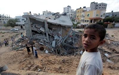 Израиль превращает сектор Газа в руины, гибнут дети