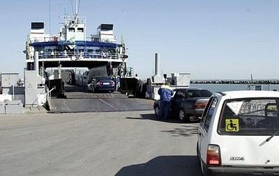 Россия в августе пустит поезд в Крым через Керченскую переправу