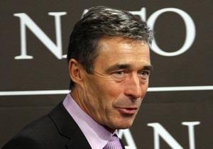 Расмуссен заявил, что НАТО не намерена вмешиваться во внутреннюю политику Ливии