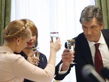 Ющенко попросил Тимошенко уволить людей Медведчука