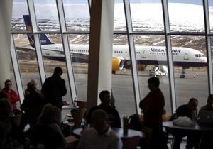 Европейских авиапассажиров обяжут называть имя человека, которого проинформируют в случае катастрофы