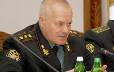Порошенко уволил с военной службы экс-начальника Генштаба