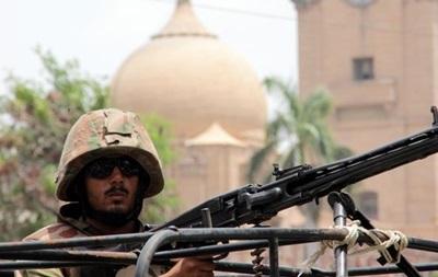 Свыше миллиона жителей Пакистана покинули дома из-за операции против талибов