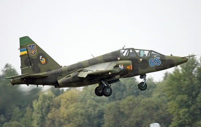 Яценюк: Один из Су-25, вероятно, сбит российским истребителем