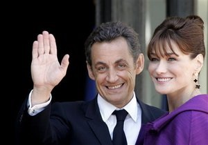 Карла Бруни опровергла слухи о неверности Саркози