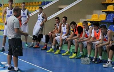 Евробаскет U-18. Украина стартует с разгромной победы