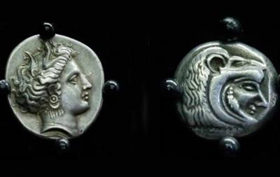 США вернули Греции серебряные монеты, отчеканенные 2,5 тысячи лет назад