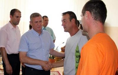 Динамовцы и олимпийская чемпионка посетили бойцов из зоны АТО (фото)