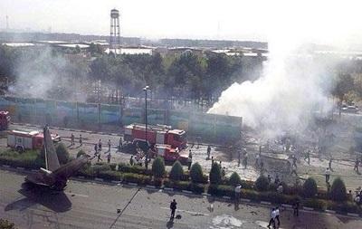 При крушении самолета в Тегеране есть выжившие