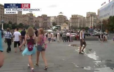 На Майдане неизвестные разобрали сцену, есть пострадавшие