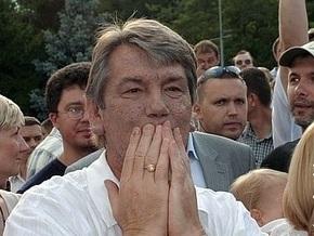 Ющенко надеется на серьезное отношение Черновецкого к его словам