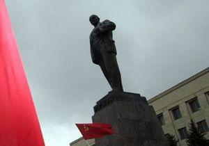 Европарламент просит Францию демонтировать памятник Ленину
