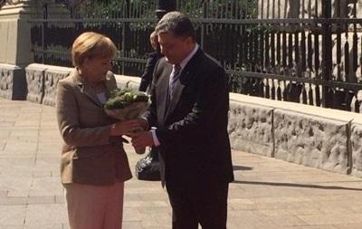 Ангела Меркель приехала в Киев