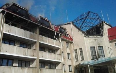 При обстреле уничтожен главный корпус тренировочной базы Шахтера