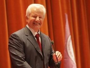 Центризбирком зарегистрировал еще двух кандидатов в президенты