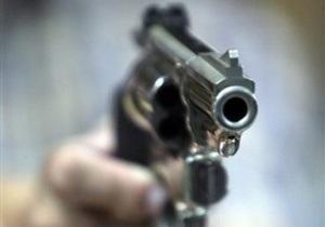 В День влюбленных в Ивано-Франковске неизвестный выстрелил девушке в лицо