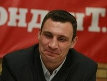 Виталий Кличко ждет боя с Питером и уважает Валуева