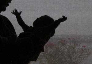 В Киеве открыли пункт приема нежелательных детей