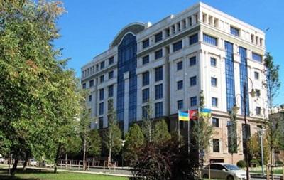 Вооруженные люди захватили офис ХК Донбасс