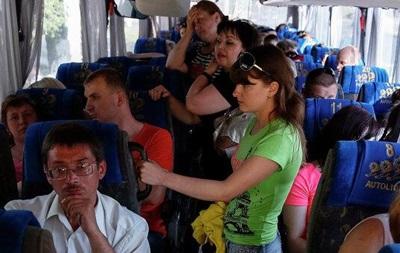 В Днепропетровске переселенцев размещают у знакомых и в сельских школах