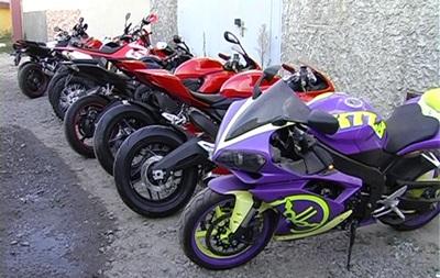 У сумского криминального авторитета изъяли 43 мотоцикла на 400 тысяч долларов