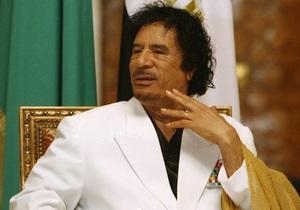 Каддафи призвал Запад прекратить  варварские  удары по Ливии