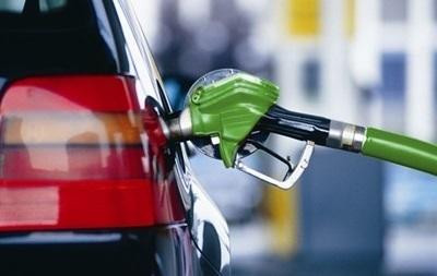 В Украине сокращаются продажи бензина