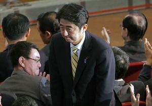 Японскому премьеру придется самостоятельно бороться с дефляцией валюты