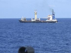 Сомалийские пираты освободили танкер с 28 членами экипажа