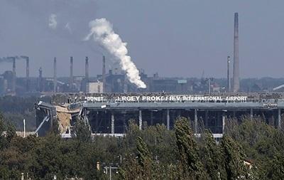 Силовиков обстреляли в районе Донецкого аэропорта – штаб АТО