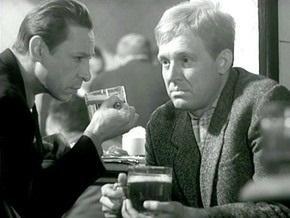 Исследование: Алкоголь в фильмах и рекламе заставляет тянуться за бутылкой