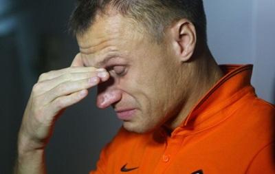 Игрок Шахтера не сдержал слез, проведывая детей, пострадавших в ходе боевых действий