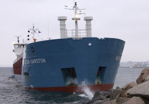 У берегов Швеции пьяный капитан-украинец посадил судно на мель