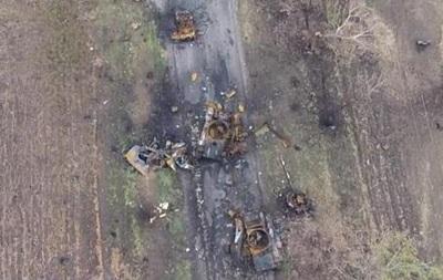 С высоты птичьего полета: колонна разбитой техники под Новоазовском